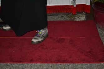 Karen's osm boots <6